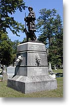 Simon_Kenton_Memorial_b_shadow